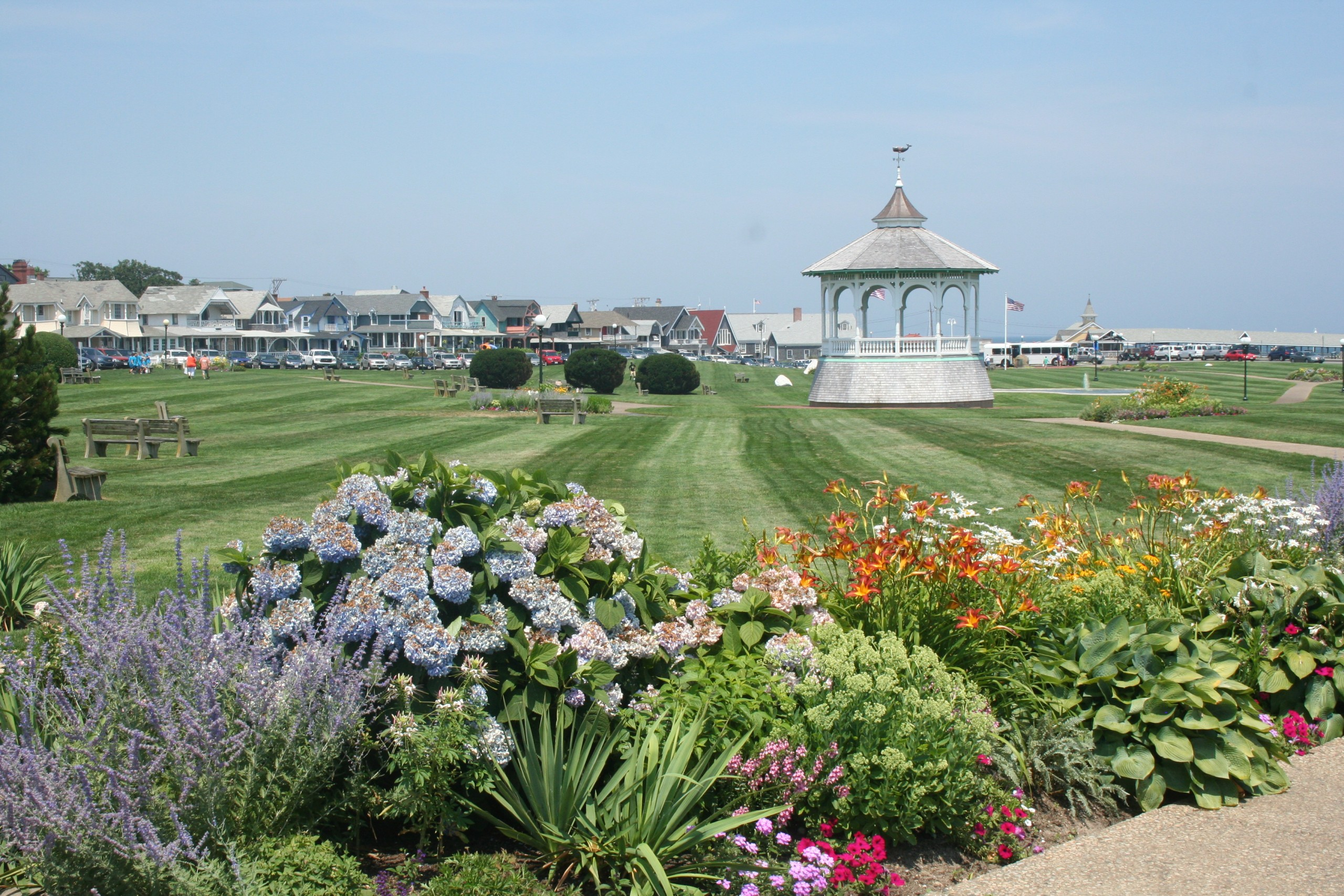 oak bluffs ocean park marthas vineyard